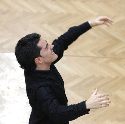 Esteban Urzelai